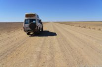 Oodnadatta Track – Kati-Thanda Lake Eyre National Park